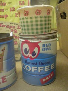 Red Owl Harvest Queen coffee can and Red Owl deli cup Owl Coffee, Coffee Tin, Red Owl, Salad In A Jar, Red Grapes, Vintage Advertisements, Deli, Harvest, How To Memorize Things