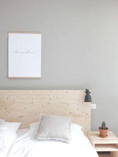 Wohngold piece_Ikea Hack Malm Bettrückwand Source Home Decor Budget, Home Decor on a budget, Cama Malm Ikea, Cama Murphy Ikea, Murphy Bed, Ikea Malm Hacks, Ikea Bed Frames, Malm Bed Frame, Diy Bed Frame, Bedroom Design 2017, Diy Bed