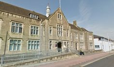 Dog owner sentenced after girl, 2, attacked in Carlisle http://www.cumbriacrack.com/wp-content/uploads/2016/06/Carlisle-Magistrates-Court-justice.jpg The owner of a dog that attacked a girl aged 2, has appeared at the Magistrates Court in Carlisle.    http://www.cumbriacrack.com/2016/06/28/dog-owner-sentenced-after-girl-2-attacked-in-carlisle/