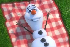 """""""Winter's a good time to stay in and cuddle but put me in summer and I'll be a... HAPPY SNOWMAN!"""""""