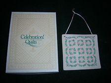 IOB EXCELLENT 1989 KENTUCKY ROSE CELEBRATION OF AMERICAN QUILTS TILE ORNAMENT