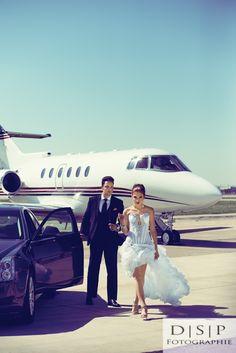 www.dspfoto.com. dsp foto. dsp fotographie. airport photo shoot. private jet. le salon bridal boutique. alexander's customer clothier. lace boutique. detroit wedding photographer. wedding photography. photo inspiration. fashion photography.