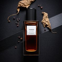 Tuxedo Yves Saint Laurent / Eastern wood / 2015 / patchouli and Spices.