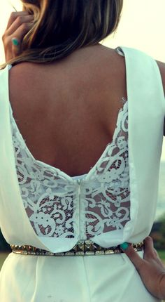 I'm in LOVE with the back of this dress. Love the lace/zipper/ low cut.