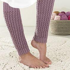 Ohje: Neulotut Lotte-säärystimet | Lankava.fi Loom Knitting, Knitting Socks, Crochet Boots, Boot Cuffs, Knitting Projects, Knitting Ideas, Winter Collection, Leg Warmers, Mittens