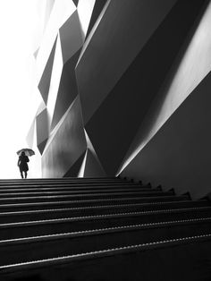 Free street photography wallpapers by Thomas Leuthard   …bring street photography to your mobile device