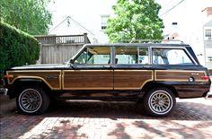 1985 AMC Jeep Grand Wagoneer
