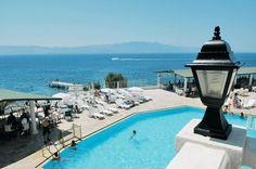 Het 3 sterren hotel Club Acacia biedt een heerlijk zwembad en diverse (sport) faciliteiten.    De all inclusive formule zorgt ervoor dat u eenvoudig kunt aanschuiven bij het verzorgde buffet en bij de diverse bars een verkoelend drankje kunt halen    Het strand ligt op ca. 150 meter en het centrum van Tugutreis op ca. 6 km. Zowel het centrum van Turgutreis als het levendige Bodrum op ca. 24 km zijn eenvoudig met de dolmus te bereiken.    Officiële categorie ***