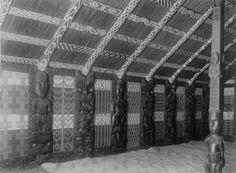 Maori wood carvings, tukutuku and kowhaiwhai panels inside Te Rauru meeting house at Whakarewarewa. Polynesian People, Maori Designs, Maori Art, Archaeological Finds, New Zealand Travel, Sculpture Art, Building A House, Carving, Culture