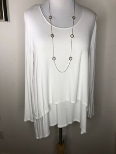 Womens Soft Surroundings Soft White Long Sleeve Tunic Top XL  | eBay Long Sleeve Tunic, White Long Sleeve, Mosaic Designs, Soft Surroundings, Tunic Tops, V Neck, Silk, Sleeves, Ebay
