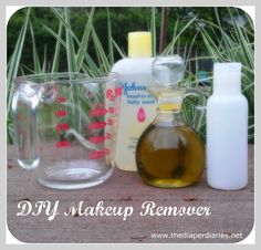 DIY Eyemakeup Remover - use organic or natural shampoo to for a more eco-friendly solution!