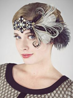 A bit of sparkly flapper fun! Shimmer and shine at your 1920s party!  Super versatile little headband can be worn with feathers on the right or