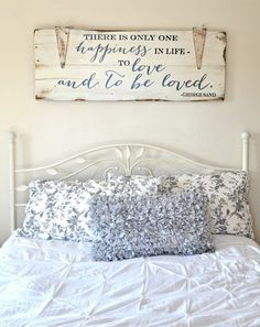 """Gorgeous farmhouse master bedroom ideas - home decor ideas. """"to love and to be loved"""" wood sign {customizable} - aimee weaver Love Wood Sign, Wood Signs, Diy Signs, My New Room, My Room, Cama Vintage, Diy Casa, Small Master Bedroom, Home And Deco"""