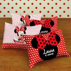 Pillow Crafts, Diy Pillows, Throw Pillows, Baby Sewing Projects, Quilting Projects, Mickey E Minnie Mouse, Animal Cupcakes, Baby Girl Baptism, Cute Mouse