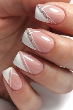 Chic Nails, Stylish Nails, French Manicure Nails, Gel Nails, French Nails, French Manicure With Glitter, French Manicure With Design, Nail Polish, Manicure Ideas