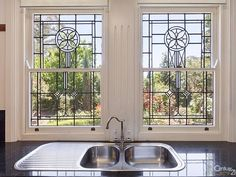 8 Everton Road, Faulconbridge, NSW 2776 Faux Stained Glass, Stained Glass Projects, Stained Glass Windows, Window Glass, Old Windows, House Windows, Cottage Windows, Best Interior Design, Interior And Exterior