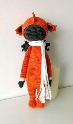 DIRK the dragon made by creasdecelia / crochet pattern by lalylala