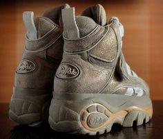 fe68ee6a854 BUFFALO Platform Gold Glitter Sneakers Rave by VintagePlatformDeal Goth Platform  Boots