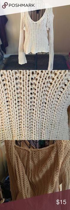 American Eagle S crocheted sweater nwot cream Super comfortable American eagle oversized crocheted sweater with hood American Eagle Outfitters Sweaters