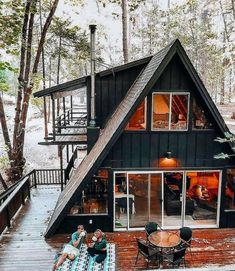 Tiny House Cabin, Tiny House Design, Cabin Homes, Tiny Homes, A Frame Cabin Plans, Triangle House, Casas Containers, Cabins And Cottages, Home Design Plans