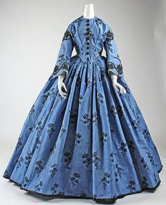 Silk Dress Date: ca. 1863 Culture: French Medium: silk Dimensions: Length at CB: 63 in. cm) Credit Line: Purchase, Judith and Ira Sommer Gift, 1999 Accession Number: Metropolitan Museum of Art Civil War Fashion, 1800s Fashion, 19th Century Fashion, Victorian Fashion, Victorian Era, Vintage Gowns, Vintage Outfits, Vintage Clothing, Estilo Lolita