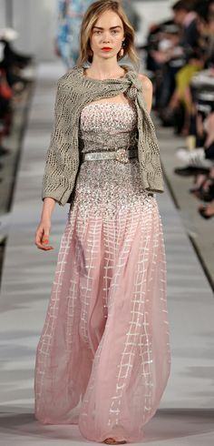Oscar de la Renta 2012 It's seriously always okay to carry a sweater. I mean, don't be dumb.   -A San Franciscan