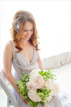 white wedding bouquet #whitebouquet  #watercolorwedding #weddingchicks http://www.weddingchicks.com/2013/12/30/watercolor-wedding-ideas/
