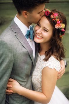 Exclusive! John Luke and Mary Kate's Duck Dynasty Wedding Gallery - Style Me Pretty
