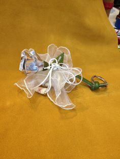Wedding favors. #bomboniere #leathergoods #love #madeinrome #fuocoariaacqua #nozzedargento #silverwedding #anniversary