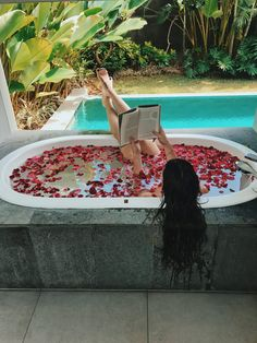 Bali Travel Guide - the Perfect Honeymoon Honeymoon Night, Bali Honeymoon, Honeymoon Destinations, Honeymoon Clothes, Honeymoon Places, Reproduction Photo, Bali Travel Guide, Travel To Bali, Travel Aesthetic