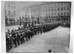 HANNOVER * vor dem 2. Weltkrieg vor dem Sanitätshaus C. Nicolai.