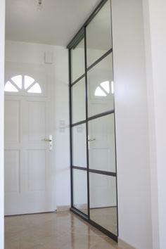 façade miroir pour une entrée bye Bois et Compagnie 54 avenue Montaigne 33160 Saint Médard en Jalles France