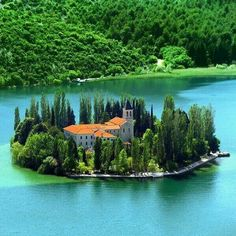 Visovac Island, Croatia on the river Krka, National Park :) Beautiful Places To Visit, Wonderful Places, Beautiful World, Beautiful Scenery, Amazing Places, Krka National Park, National Parks, Places Around The World, Travel Around The World