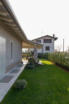 64 trendy decor home classic Design Jardin, Backyard Landscaping, Exterior Design, Outdoor Gardens, Ideal Home, Beautiful Homes, New Homes, Home And Garden, House Design