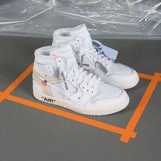 Shopping For Men's Sneakers. Are you looking for more info on sneakers? Then simply please click right here for more information. Relevant information. Mens Sneakers No Socks Moda Sneakers, Sneakers Nike, Yellow Sneakers, Shoes Online, Popular Sneakers, Casual Sneakers, Mens Trainers, Nike Shoes, Men Styles