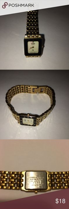 Vintage Citizen Wristwatch Gold Vintage Gold Citizen Wristwatch Battery not working Citizen Accessories Watches