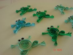 Frog quilling ... so cute!