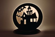 Check out these spooky fun Halloween crafts for the kids from Chinet