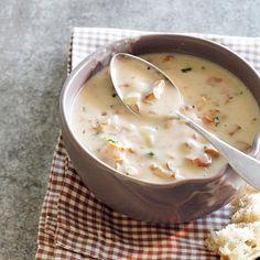 Kantarellikeitto | Maku Soup Recipes, Vegetarian Recipes, Cooking Recipes, Healthy Recipes, Yummy Recipes, Healthy Food, Scandinavian Food, Good Food, Yummy Food