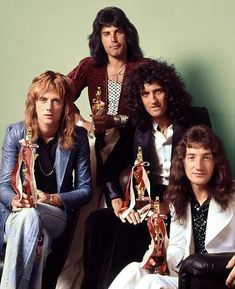 Queen. We Are The Champions. 1977.