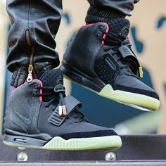 """Nike Air YEEZY 2 NRG """"Solar Red"""" Air Yeezy 2, Yeezy 2 Solar Red, Yeezy By Kanye West, Hip Hop Outfits, Sneaker Boots, Sports Shoes, Nike Air Max, Men's Shoes, Tennis"""