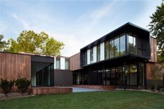 AECCafe.com - ArchShowcase - Baulinder Haus in Mission Hills, KS by Hufft Projects