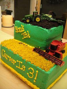 John Deere Tractor and Combine cake