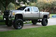 the love of Chevy trucks!For the love of Chevy trucks! Lifted Chevy Trucks, Gmc Trucks, Diesel Trucks, Cool Trucks, Pickup Trucks, Pick Up, E90 Bmw, Future Trucks, Chevy Silverado