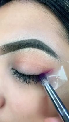 Makeup Eye Looks, Eye Makeup Steps, Eye Makeup Art, Beauty Makeup Tips, Cute Makeup, Eyeshadow Looks, Eyeshadow Makeup, Hair Makeup, Beauty Hacks