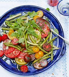 Tomaten-Bohnen-Salat - Raffinierte Rezepte zu Mittsommer - [LIVING AT HOME]