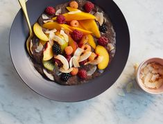 Why choose between an antioxidant-packed acai bowl and a nutrient-dense chia pudding when you can have both? The acai berries will help your skin and hair look fresh and healthy and the chia seeds will help keep you full until lunch. This bowl tastes great topped with just about anything, but we particularly love a mix of seasonal fruits and a little toasted coconut for crunch. Acai Smoothie Bowl Recipe, Smoothie Recipes, Acai Bowl, Breakfast Bowls, Breakfast Recipes, Vegan Breakfast, Balanced Breakfast, Breakfast Ideas, Dog Recipes