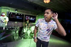Last night, local artist Zeale, brought the audience to their feet at the CNN GRILL. Photo // Edward M. Pio Roda / CNN