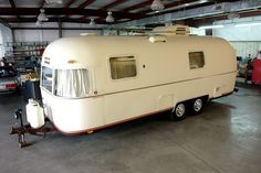 Airstream Travel Trailers, Airstream Camping, Glam Camping, Camper Trailers, Glamping, Vintage Airstream, Vintage Caravans, Vintage Trailers, Airstream Remodel