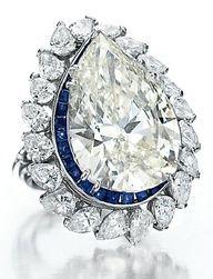 ★ Elizabeth Taylor's Love Affair with Jewelry ..... Diamond and Sapphire Ring - mylusciouslife.com - Luscious jewellery